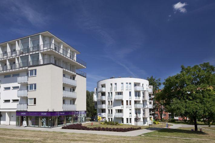 Kompleks mieszkaniowy przy Alei WOjska Polskiego. Warszawa