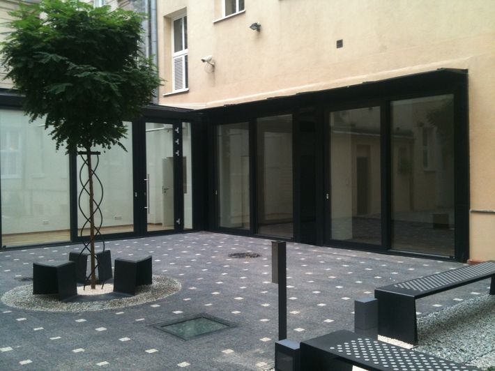 710 patio 1