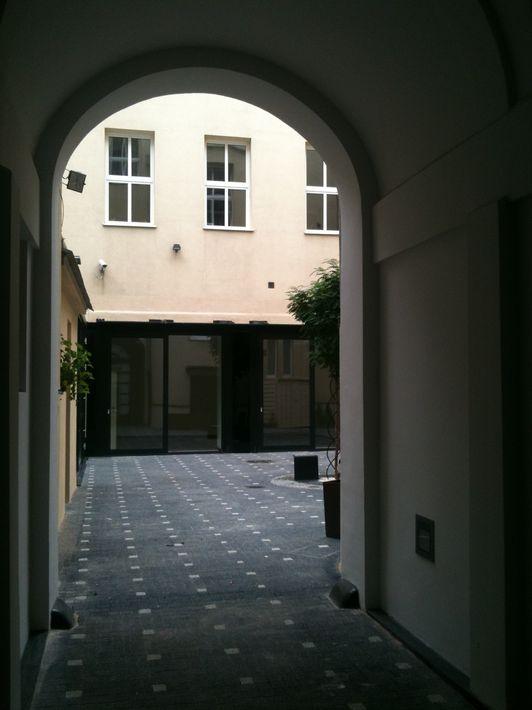 710 patio 3