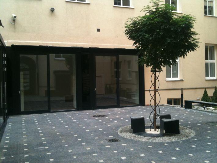 710 patio 4